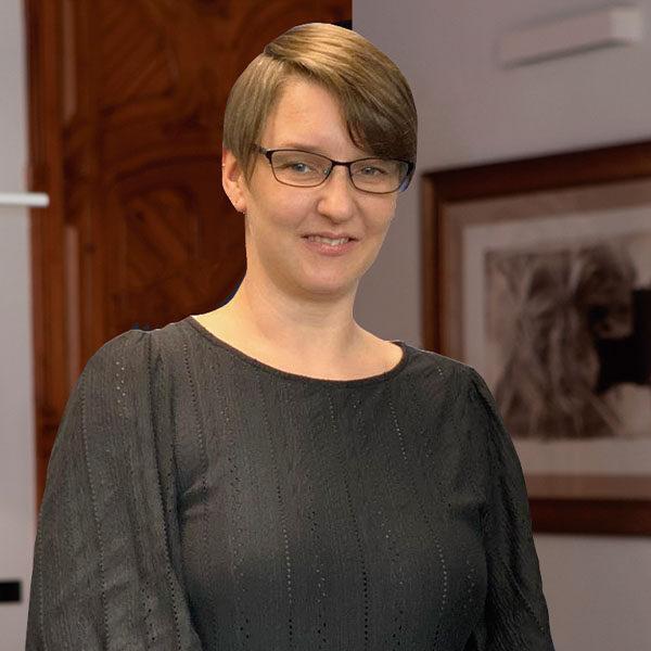 Lynsey Adams